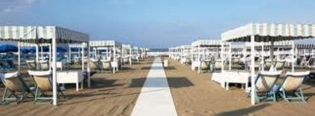 Beach clubs in Viareggio: all the comfort at reasonable price