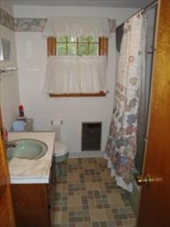 Bathroom ~ Full (with tub)