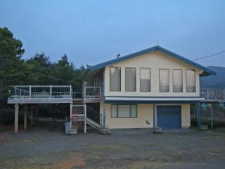 Dutch Retreat in Nedonna Beach, Rockaway Beach