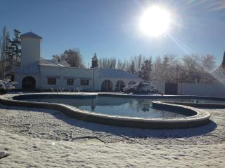 Villa Viamonte Lovely 7 bedroom House in Mendoza
