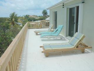 Ocean View, Great boat access,Short Walk to Beach,