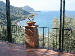 Cefalù: villa-breathtaking view over Cefalù Bay, Cefalú