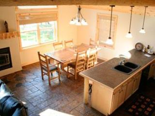 4 Bedroom All Season Vacation Cabin in Crivitz, WI