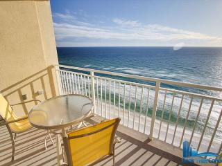 Emerald Beach 1931-Great Amenities-Direct Gulf Front-Sleeps 8-Family Friendly, Panama City Beach