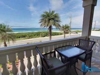EZ Breezy Beach House-Unbelievable Luxury! Sleeps 10! One block to beach!, Panama City Beach