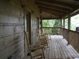 wrapped around deck, gas grill, 4 rocking chairs