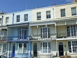 SANDSVIEW, a terraced cottage, with sea views, four bedrooms, two bathrooms