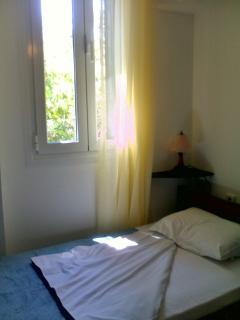 Ground floor-single room