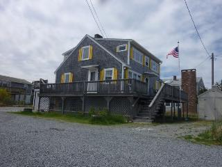 359 Phillips Rd, Sagamore Beach