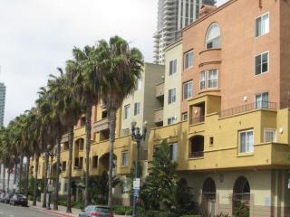 Downtown gas lamp, Bay view, walk everywhere