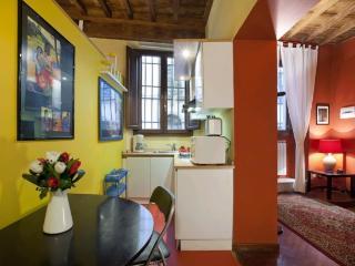 Cosy 1- bedroom apt near Santa Croce Piazza, Florence