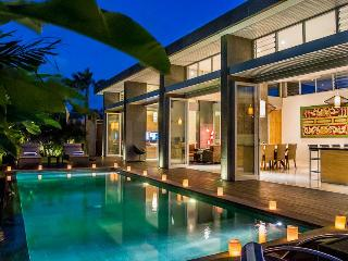 ARAMANIS VILLAS - HIGHLY RATED FAMILY VILLAS, Seminyak