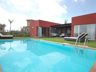 2 bedroom Villa in El Salobre, Canary Islands, Spain : ref 5489415