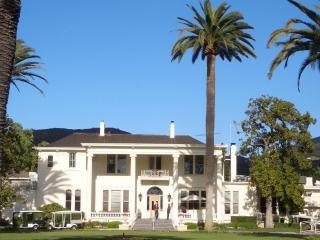 The Silverado Mansion - Lobby, Bar & Restaurant