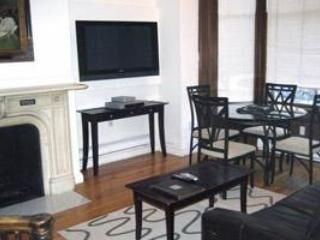 Two Bedroom Bi-Level, 1.5 Bath Apartment Back Bay, Boston