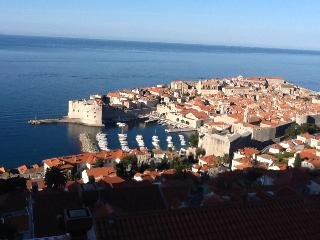 Amazing Apt, Historic views in Great Location (#2), Dubrovnik