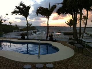 Ocean Front with Private Boat Basin and Pool, Little Torch Key