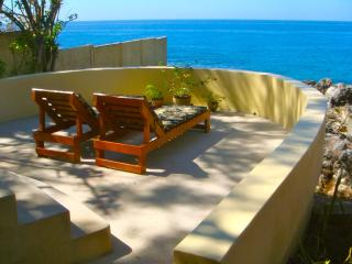 Private sundeck