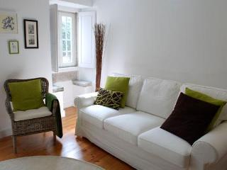 New cozy and charming apartment in historic Alfama, Lisboa