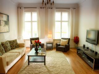 Comfortable, Homey 2 Bedroom Apartment in Berlin, Berlín