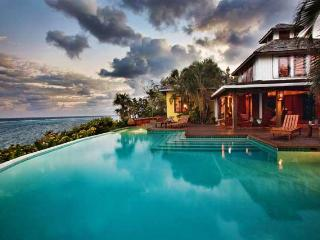 Fuego Del Mar: Oceanfront Villa on Private Estate.