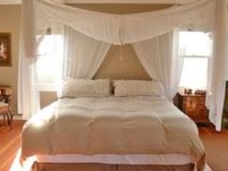 Cama kIng size en una cama king-size