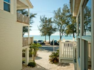 Safari Suite ~ RA43423, Bradenton Beach
