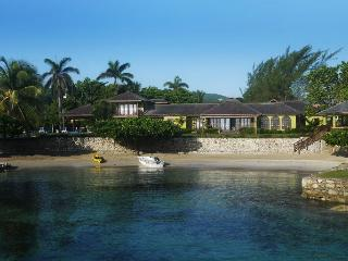 Four Winds at Old Fort Bay, Ocho Rios, Jamaica - Beachfront, Pool, Tennis Court
