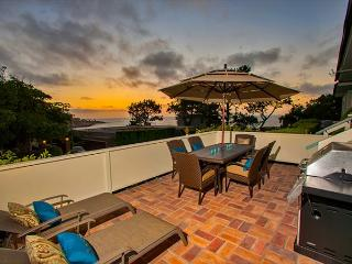 25% OFF AUG - Great Views & Home Located Above La Jolla Cove