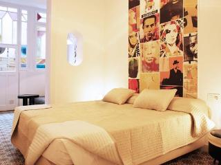 Retrome Barcelona: A Boutique Hotel in the center