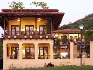 Casa Sirena, Las Catalinas