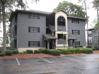 Great Location/5 minute drive to beach -2BR/2BA $140/night, 1BR/1BA $125/nt