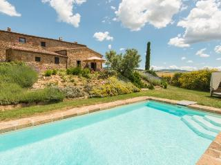 Villa Rosina holiday vacation large villa rental italy, tuscany, pienza, siena