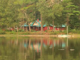 Spencer Pond Camps - The Sabotowan -Maine Lodge