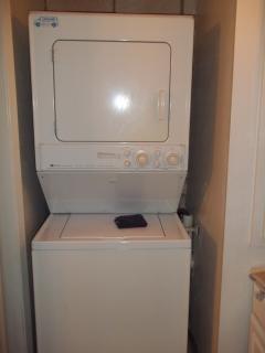 washer dryer in unit - please bring your own detergent!
