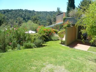 Villa Lumiere vacation holiday villa rental france, southern france, provence