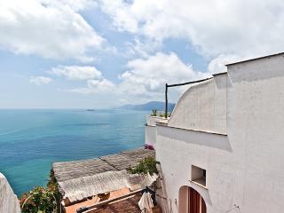 Mediterraneo, Praiano