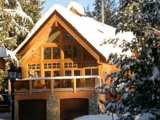 Large Luxury Lodge near the Lifts at Red Mountain, Rossland