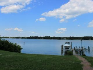 BEAUTIFUL WATERFRONT HOME ON THE POTOMAC, Montross