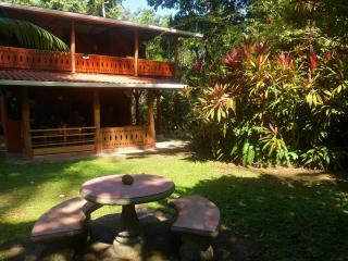Unique 3BR Jungle House on 8 acres near Beach,Town, Puerto Viejo