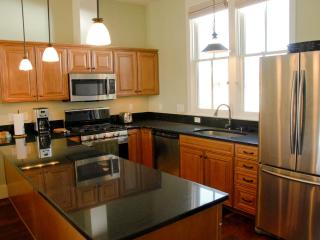 New 2 BR Home in South Main, on the River Park, Buena Vista