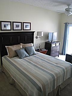 1st floor studio- queen bed and sleeper sofa, 4 can sleep in the studio apartment
