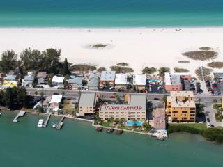 "Westwinds ""Bayside"" 1 Bed/1Bath Condos Steps from the Beach w/ 3 Fishing Docks, Treasure Island"