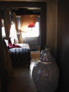 Moroccan vase in suite foyer