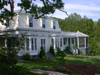 5 bedroom house in Maine coast fishing village, South Bristol