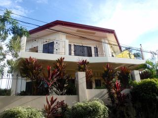 4 bedroom house with panoramic & ocean views, Boracay