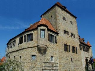 Vacation Apartment in Nuremberg - 592 sqft, historic, large grounds (# 2799), Kornburg