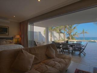 Seashelles Umhlanga Beach View Apartment, Umhlanga Rocks