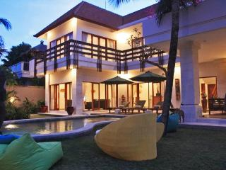 Luxury 4 Bedroom Villa in Sanur Bali