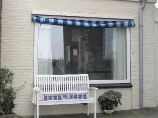 Luxury bungalow direct at the sandy beach Egmond